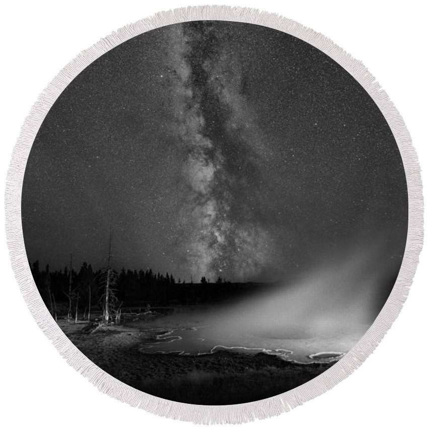 Silex Spring Round Beach Towel featuring the photograph Silex Spring Milky Way Bw by Michael Ver Sprill