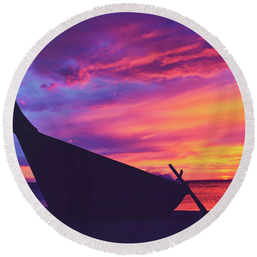 Awe Round Beach Towel featuring the photograph Silhouette Of A Wooden Thai Boat On The Beach During Beautiful And Dramatic Sunset by Srdjan Kirtic