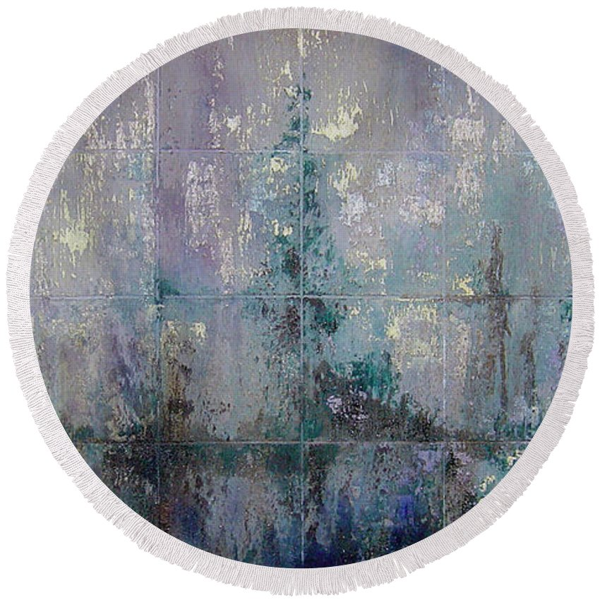 Abstract Round Beach Towel featuring the painting Silver And Silent by Shadia Derbyshire