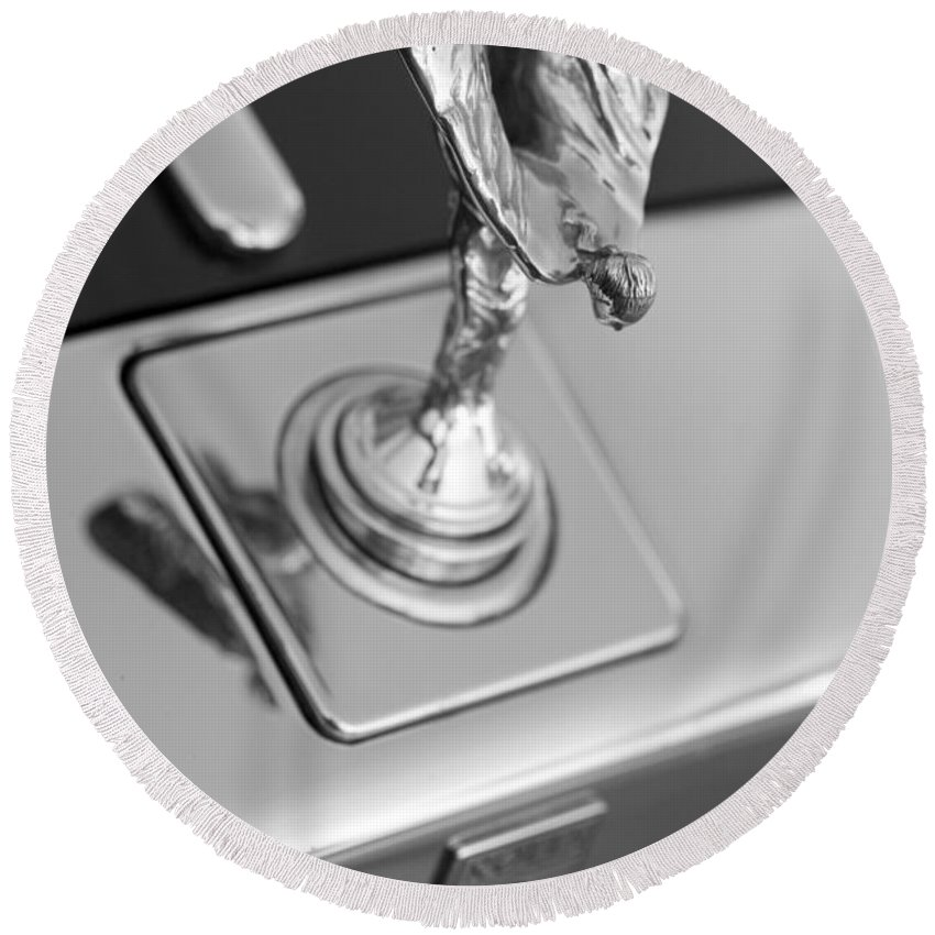 Rolls-royce Hood Ornament Round Beach Towel featuring the photograph Silver Seraph by Brooke Roby
