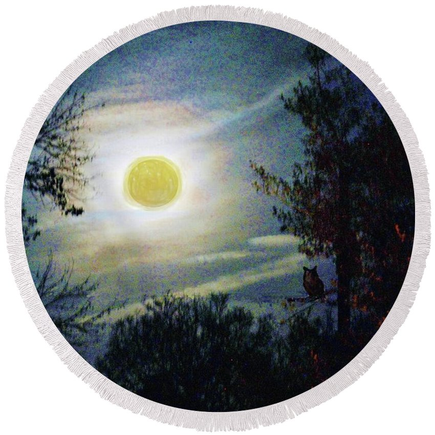 Moon Round Beach Towel featuring the digital art Silvery Moon Glow by Jeannie Allerton