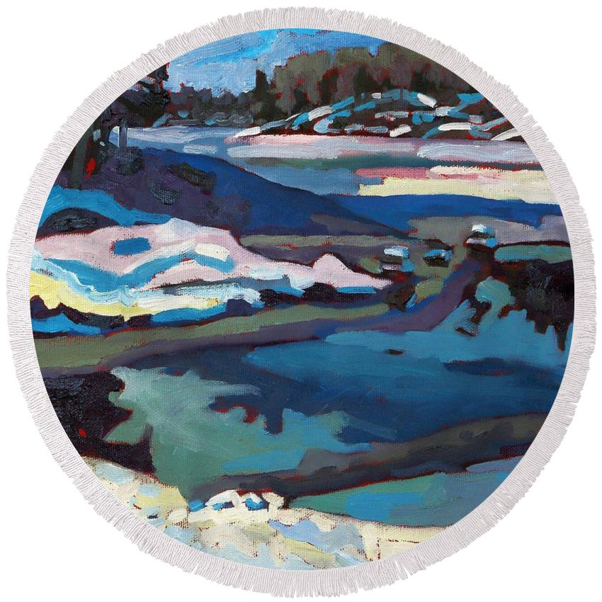 Jim Day Round Beach Towel featuring the painting Singular Ice And Snow by Phil Chadwick