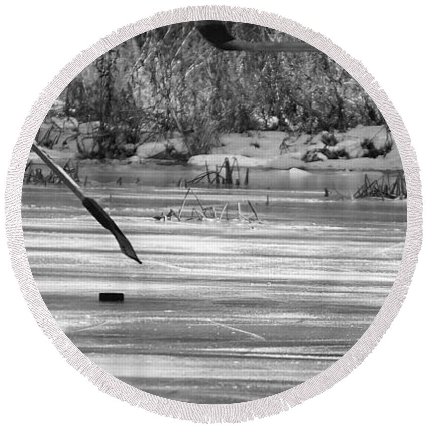 Ice Skates Round Beach Towel featuring the photograph Skating On The Pond by Beth Deitrick