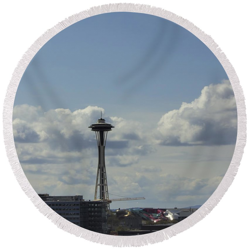 Round Beach Towel featuring the photograph Skyline Of Seattle by Cathy Anderson