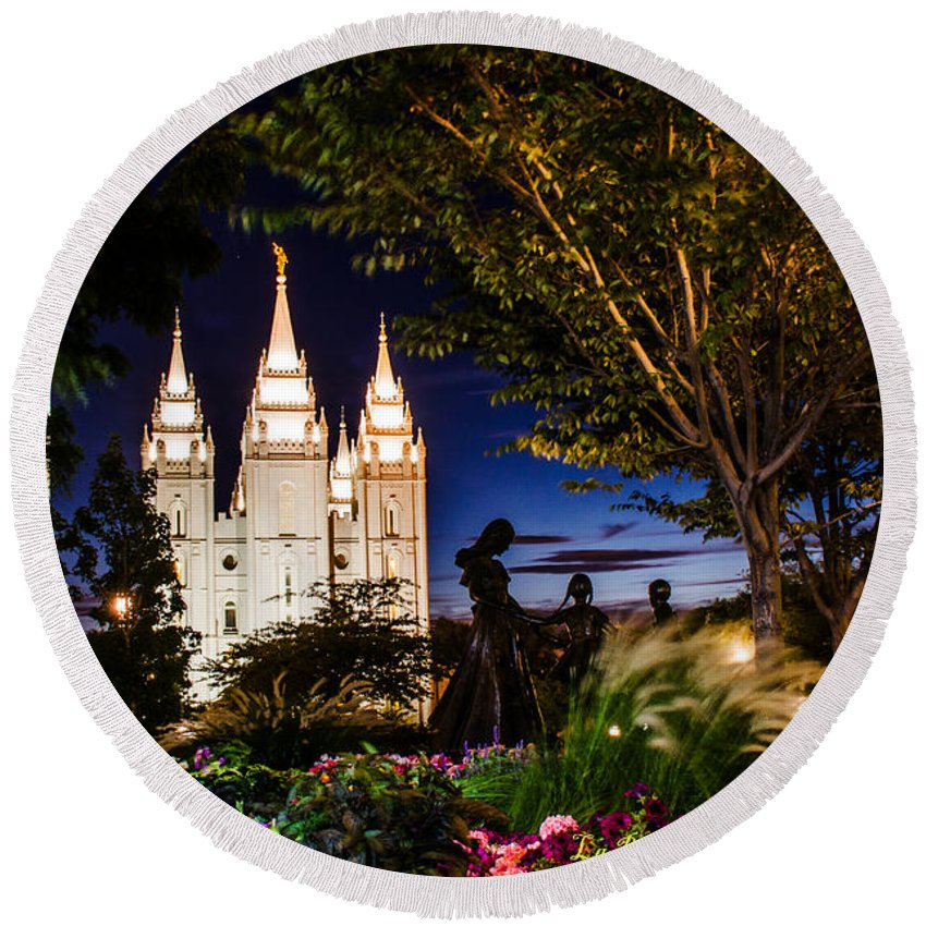 Mormon Temple Photography Round Beach Towel featuring the photograph Slc Mother And Children by La Rae Roberts