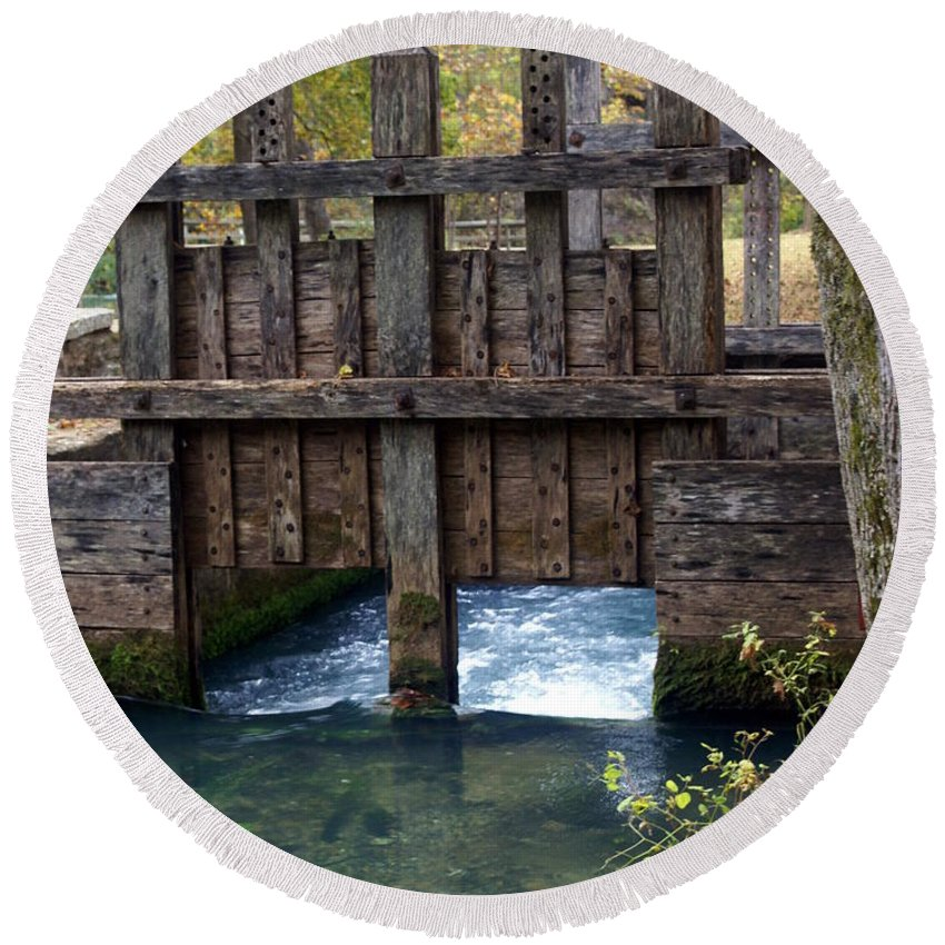 Alley Spring Round Beach Towel featuring the photograph Sluce Gate by Marty Koch