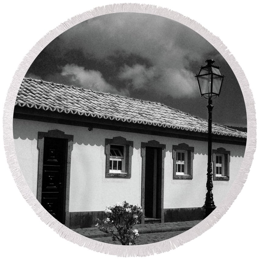 Cottage Round Beach Towel featuring the photograph Small Cottage by Gaspar Avila