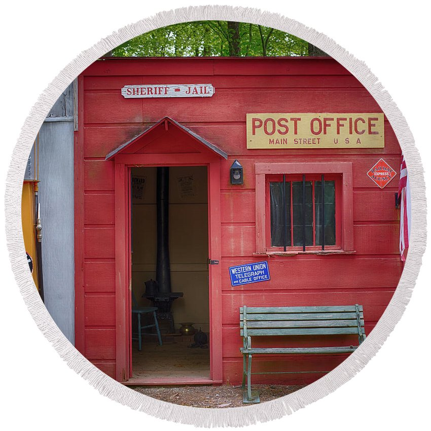 Post Office Round Beach Towel featuring the photograph Small Town Post Office by Paul Freidlund