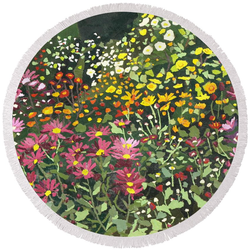 Floral Round Beach Towel featuring the painting Smith Mums by Leah Tomaino