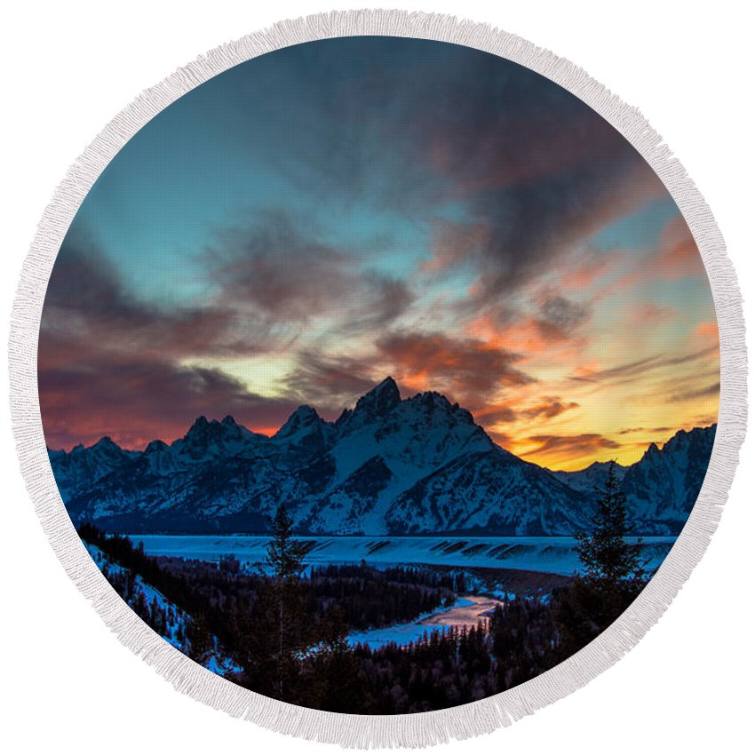 Cameron Knudsen Round Beach Towel featuring the photograph Snake River And Tetons At Sunset by Cameron Knudsen