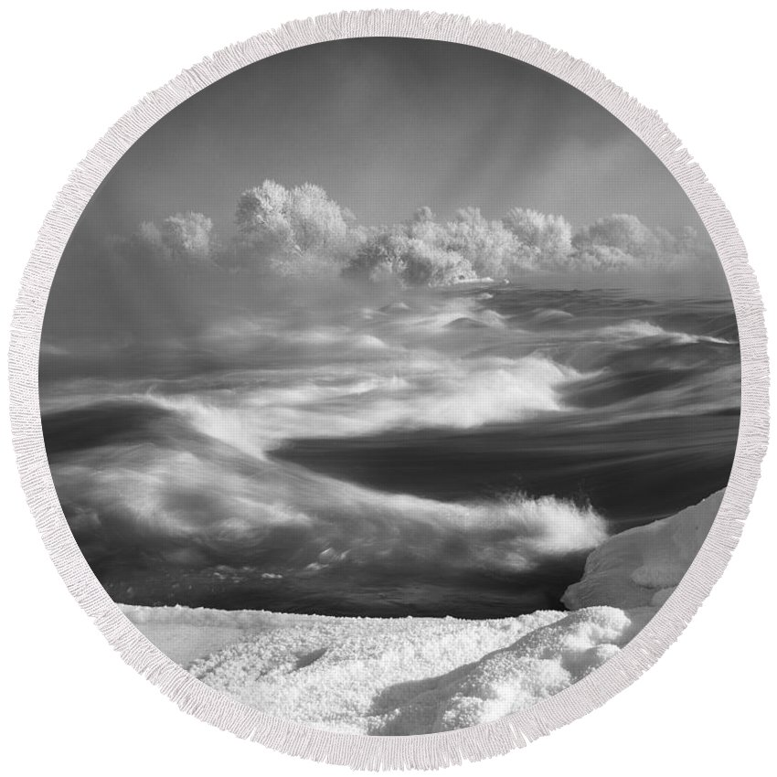 Winter Round Beach Towel featuring the photograph Snake River Winter by Leland D Howard