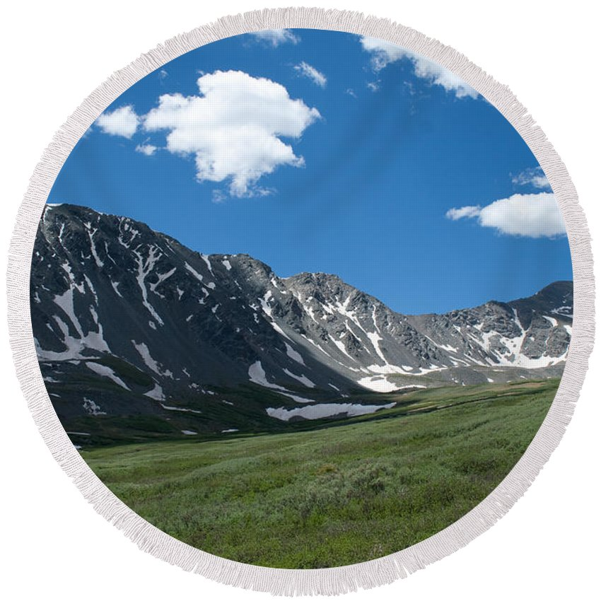 Gray's Peak / Torrey's Peak Round Beach Towel featuring the photograph Snow And Mountains And Grass by Angus Hooper Iii