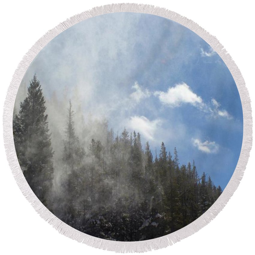 Colorado Round Beach Towel featuring the photograph Snow Lift by Carla Larson