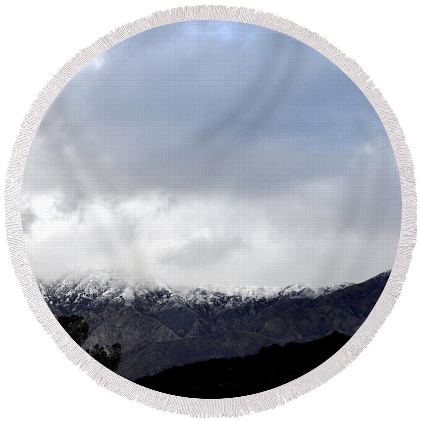 Clay Round Beach Towel featuring the photograph Snow Line by Clayton Bruster