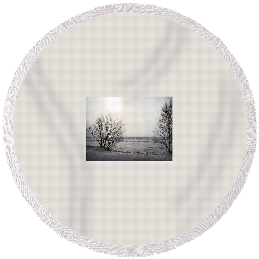 Snow Round Beach Towel featuring the photograph Snow On The Lake by Kendall Tabor