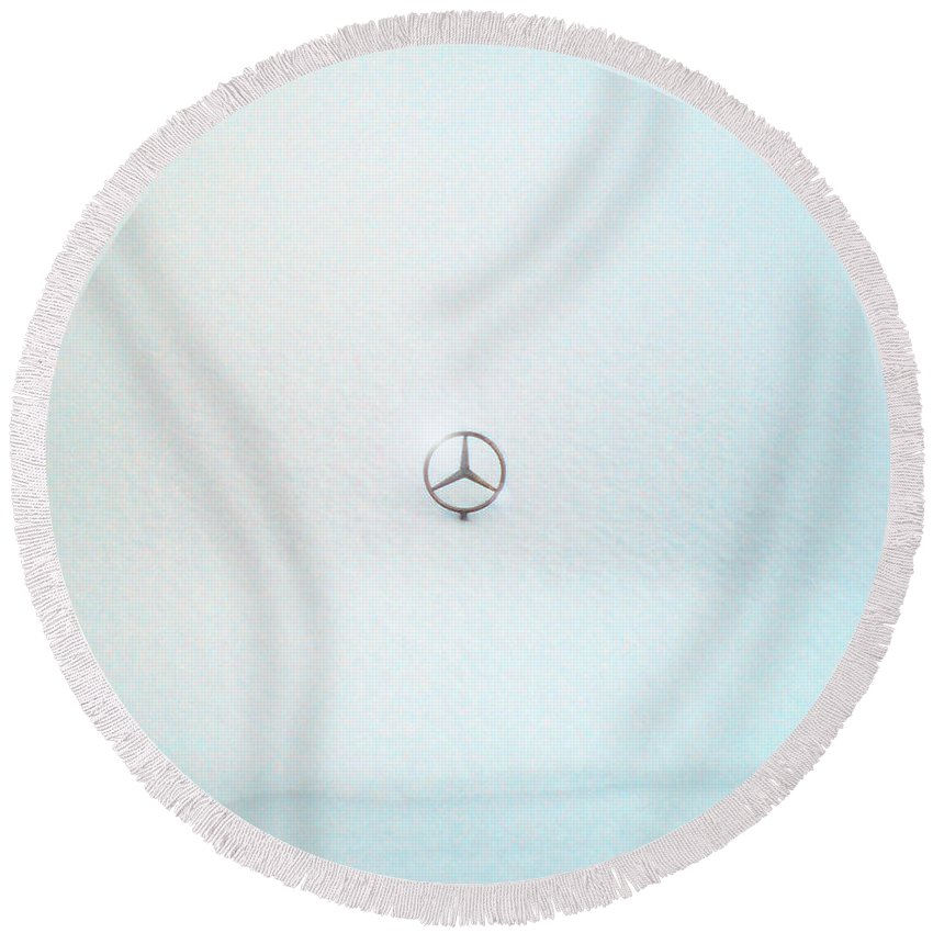 Snow Round Beach Towel featuring the photograph Snow Star by Are Lund