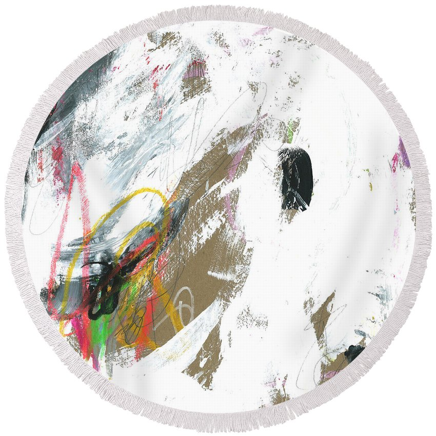 Abstract Round Beach Towel featuring the painting Winter In Chicago by Katie Gebely