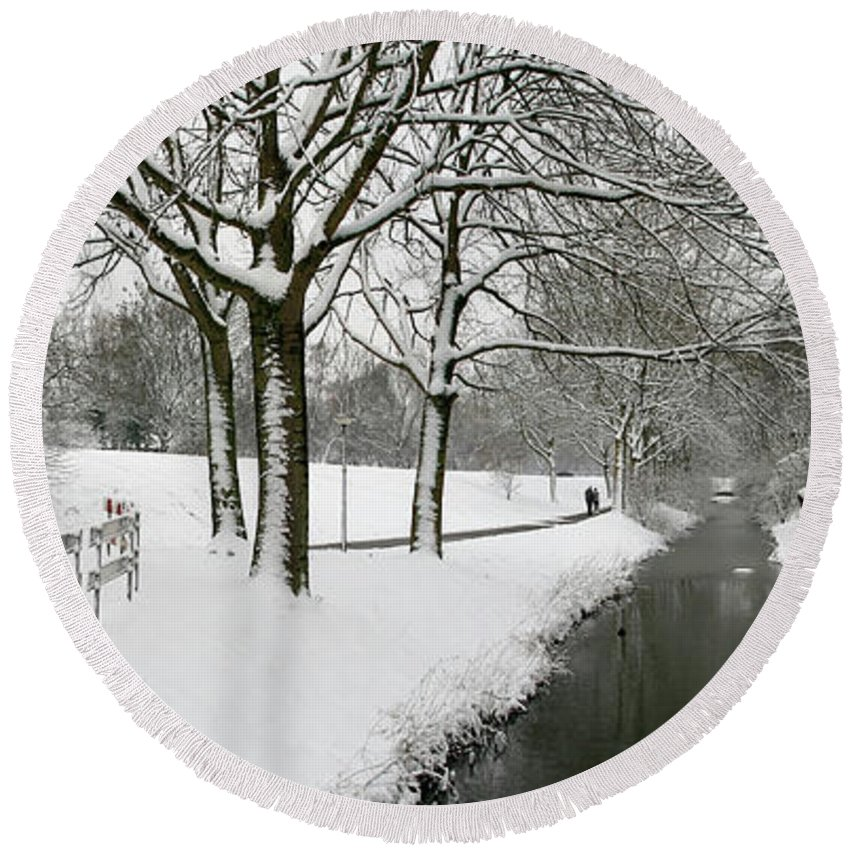 Panorama Round Beach Towel featuring the photograph Walking On A Snowy Area by Erin Larcher