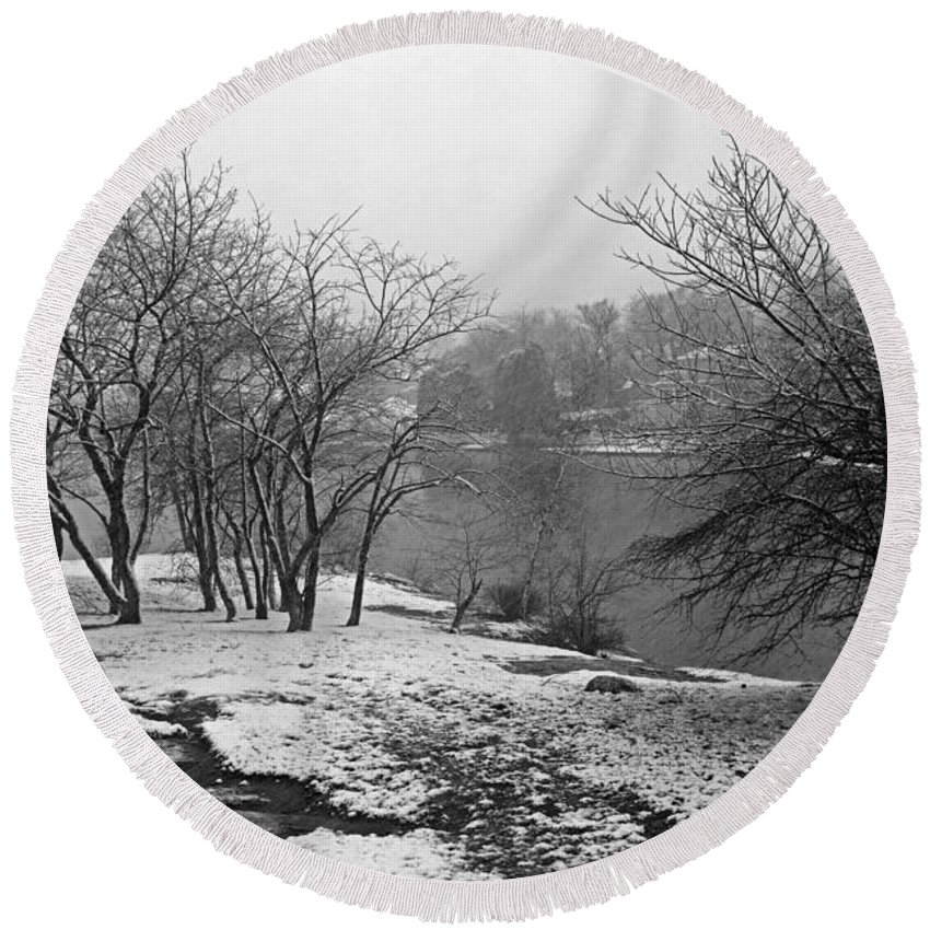 Marblehead Round Beach Towel featuring the photograph Snowy Day On Redd's Pond And Old Burial Hill by Toby McGuire