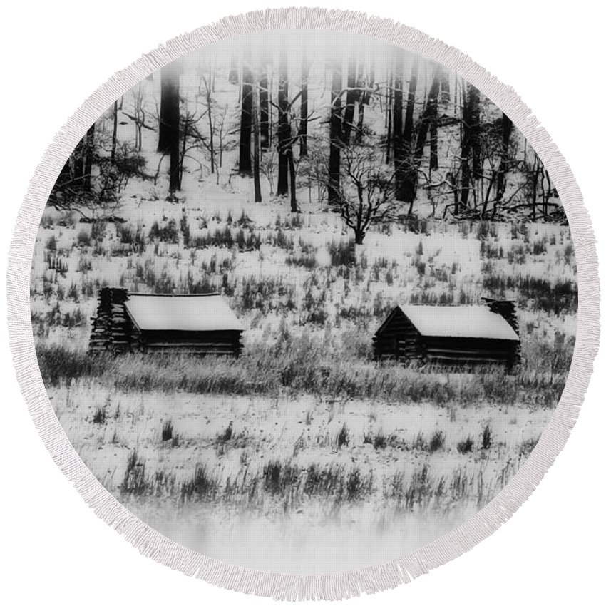 Log Round Beach Towel featuring the photograph Snowy Log Cabins At Valley Forge by Bill Cannon