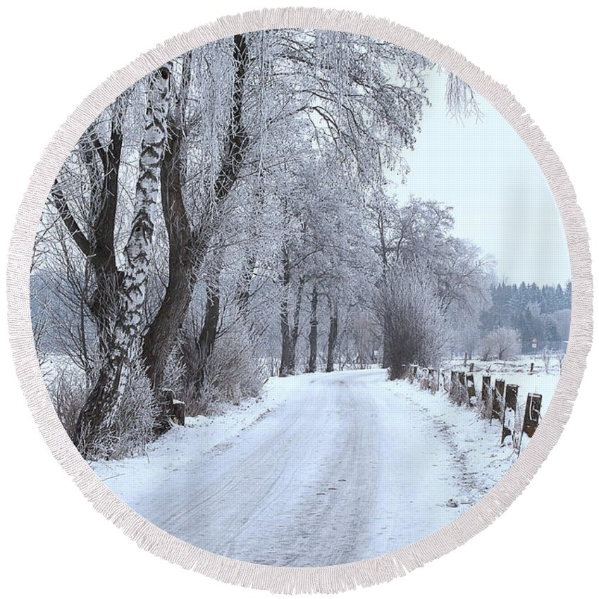 Path Round Beach Towel featuring the photograph Snowy Path by Jutta Maria Pusl