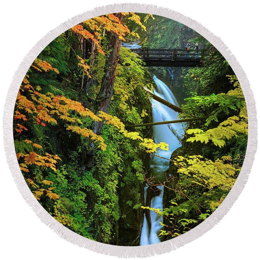 America Round Beach Towel featuring the photograph Sol Duc Falls In Autumn by Inge Johnsson