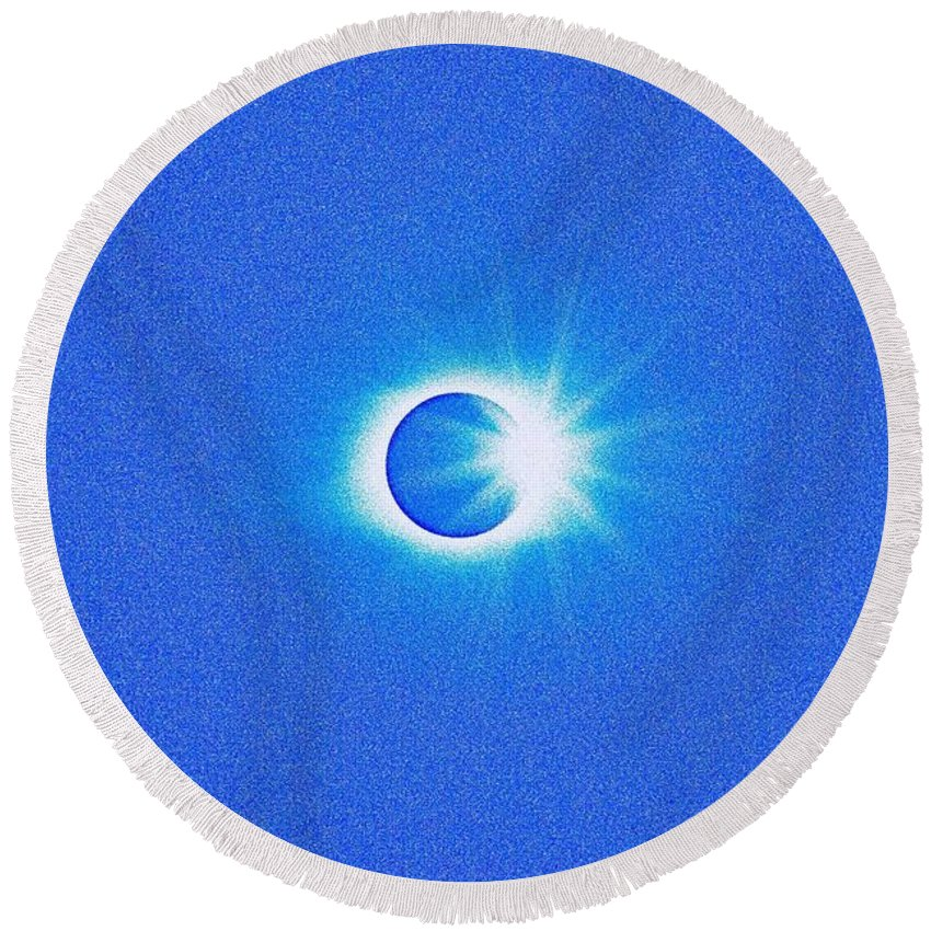 Sun Round Beach Towel featuring the painting Solar Eclipse, 32 by Celestial Images