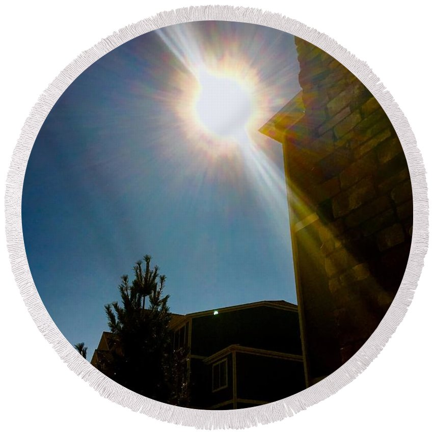 Solar Eclipse Round Beach Towel featuring the photograph Solar Eclipse by Aunalea Vasquez