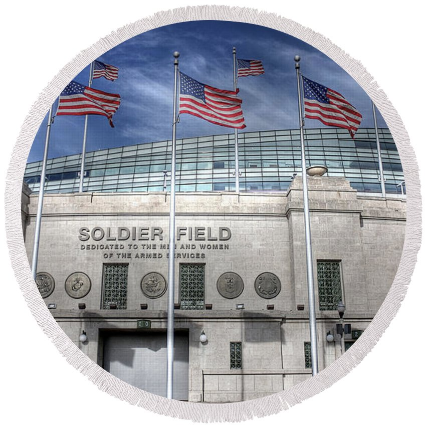 Chicago Illinois Round Beach Towel featuring the photograph Soldier Field by David Bearden