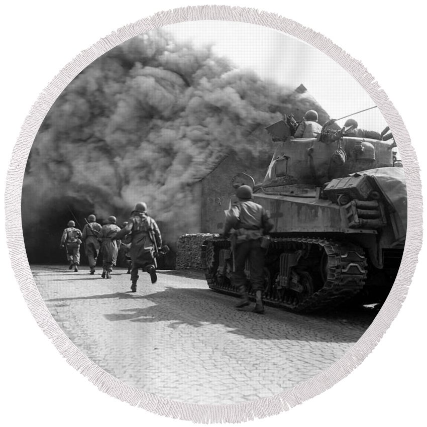 Germany Round Beach Towel featuring the photograph Soldiers Move Through A Smoke Filled by Stocktrek Images