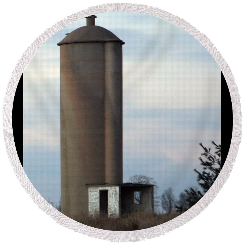 Silo Round Beach Towel featuring the photograph Solo Silo by Tim Nyberg