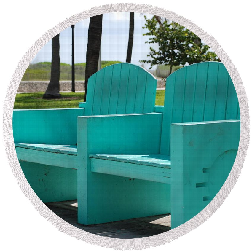 Art Deco Round Beach Towel featuring the photograph South Beach Bench by Rob Hans