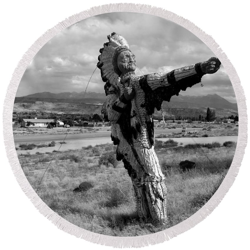 Moab Utah Round Beach Towel featuring the photograph Spanish Valley Indian by David Lee Thompson