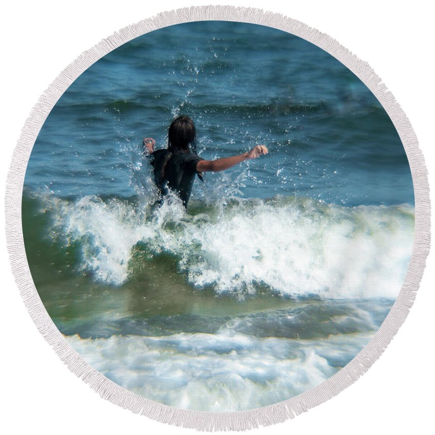 Waves Round Beach Towel featuring the photograph Splash by Rebecca Bryson