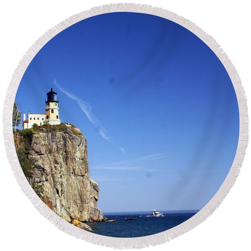 Split Rock Lighthouse Round Beach Towel featuring the photograph Split Rock 1 by Marty Koch