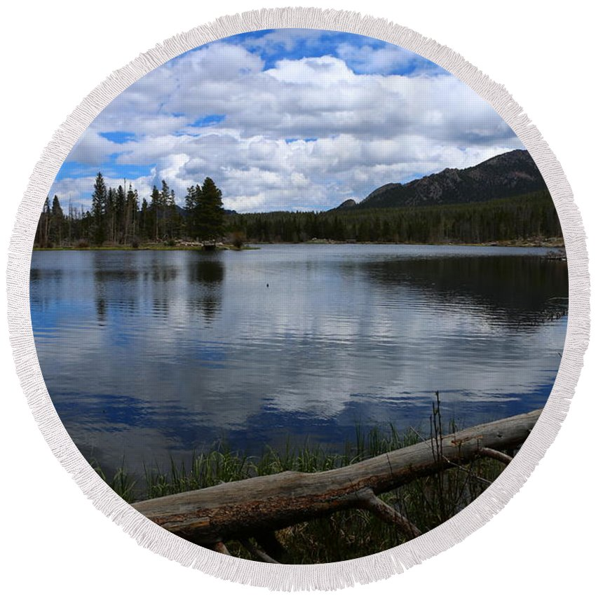 Park Round Beach Towel featuring the photograph Sprague Lake Cloud Reflection by Christiane Schulze Art And Photography