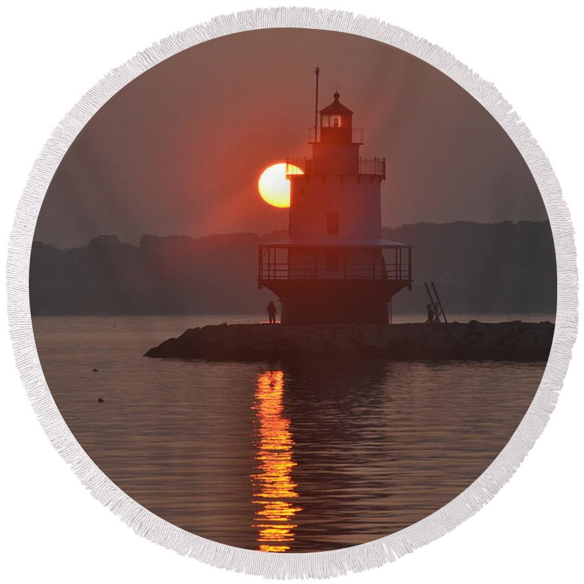 Spring Point Ledge Round Beach Towel featuring the photograph Spring Point Ledge Sunrise by Colleen Phaedra
