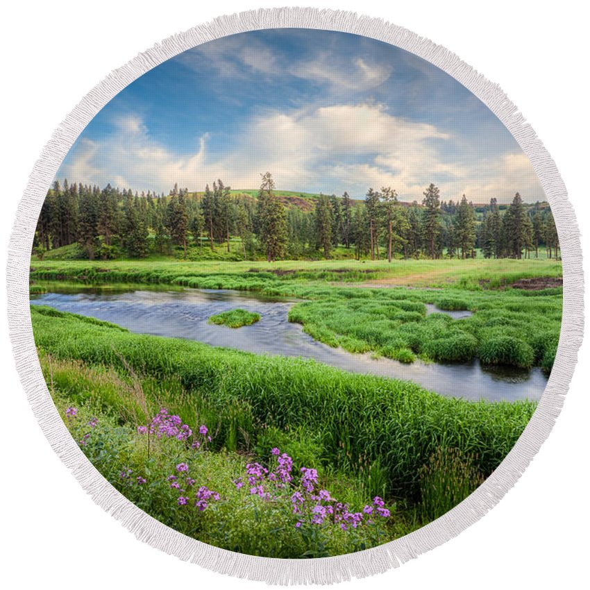 Washington Round Beach Towel featuring the photograph Spring River Valley by Rikk Flohr
