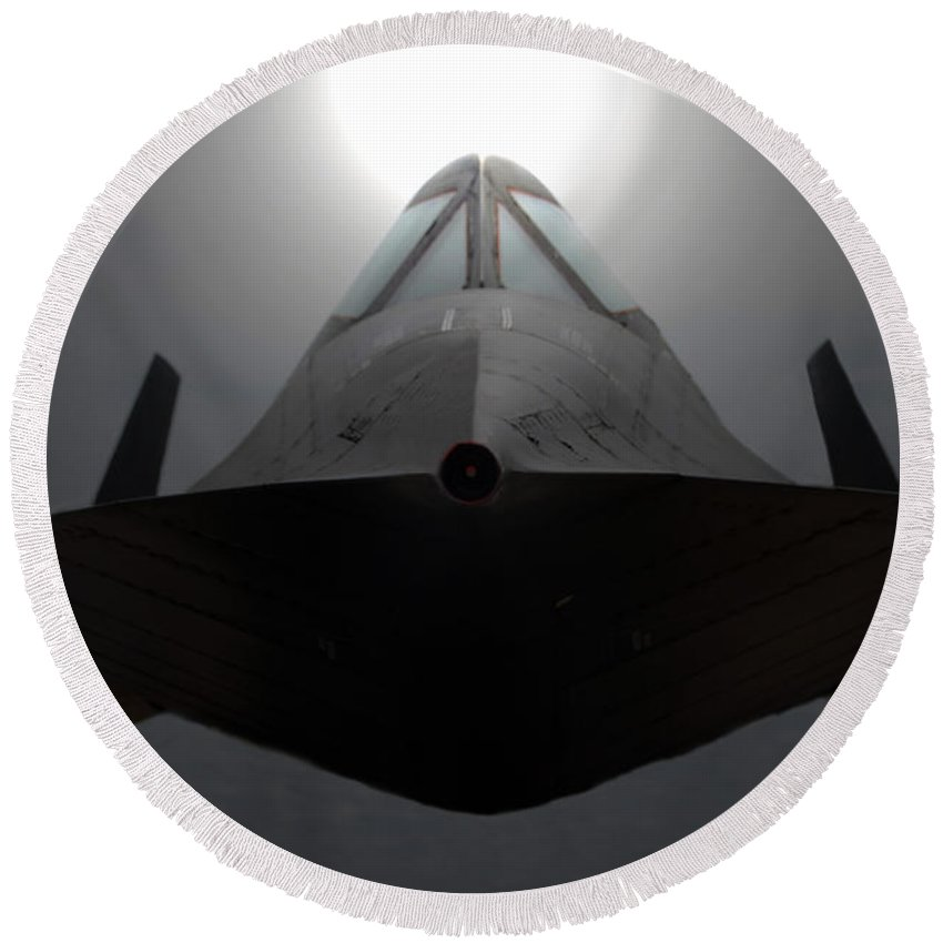 S R 71 Blackbird Round Beach Towel featuring the photograph Sr 71 Night Mission by David Lee Thompson