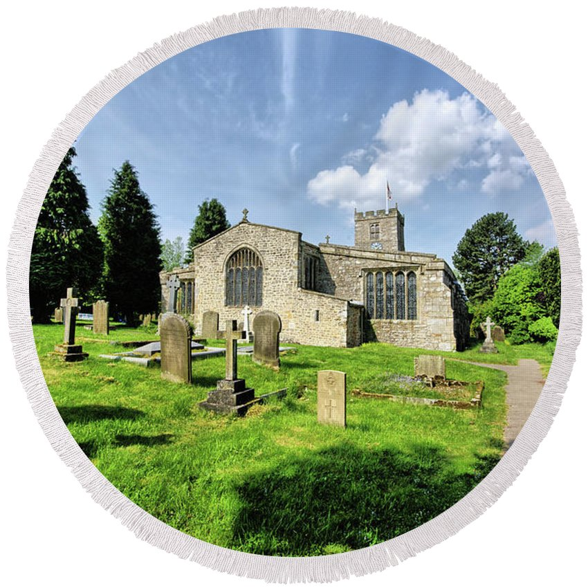 St Andrews Church Round Beach Towel featuring the photograph St Andrews Church by Smart Aviation