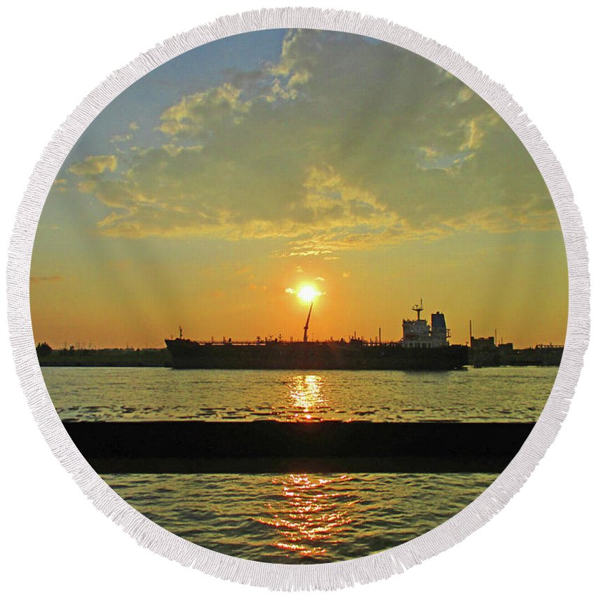 Montreal Round Beach Towel featuring the photograph St Lawrence Sunset 3 by Randall Weidner