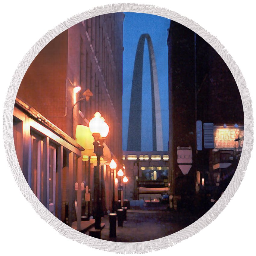 St. Louis Round Beach Towel featuring the photograph St. Louis Arch by Steve Karol
