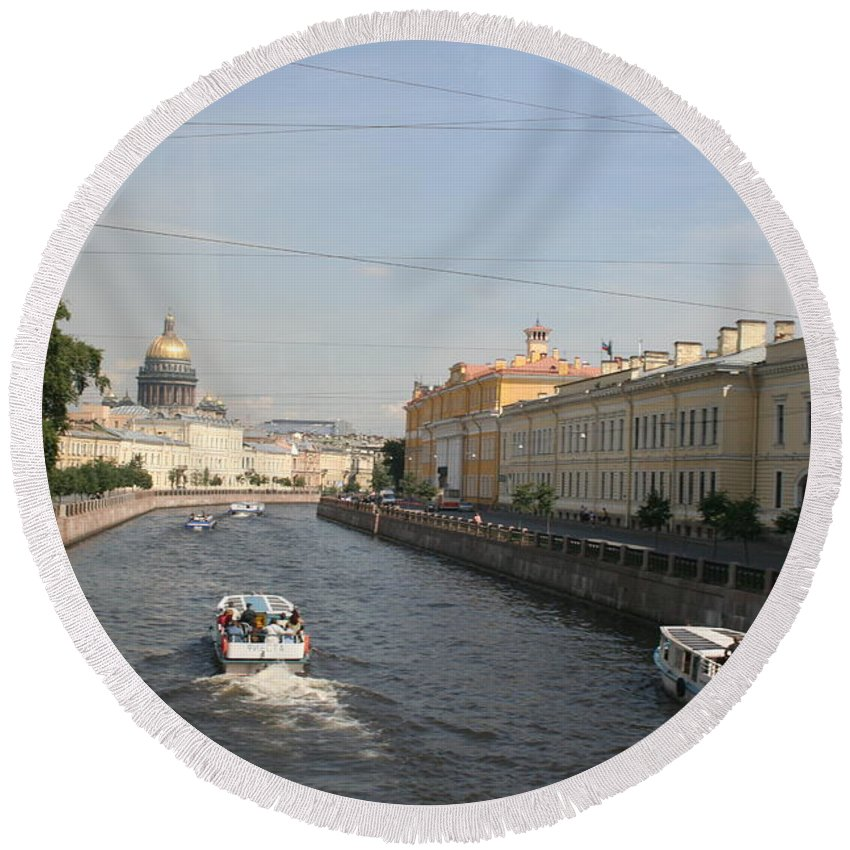 Canal Round Beach Towel featuring the photograph St. Petersburg Canal - Russia by Christiane Schulze Art And Photography