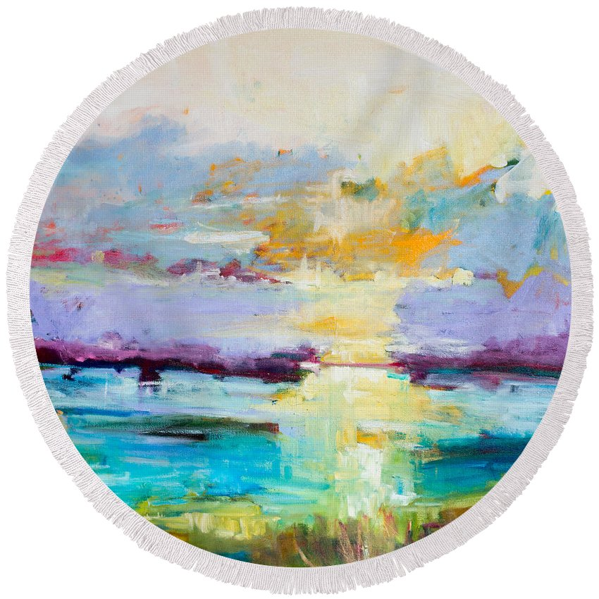 Abstract Round Beach Towel featuring the painting Standing Ovation by Susan Scoggins