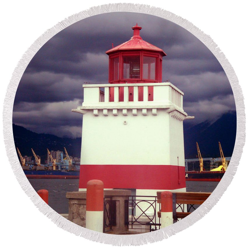 Lighthouse Round Beach Towel featuring the photograph Stanley Park Lighthouse by Ruth Palmer