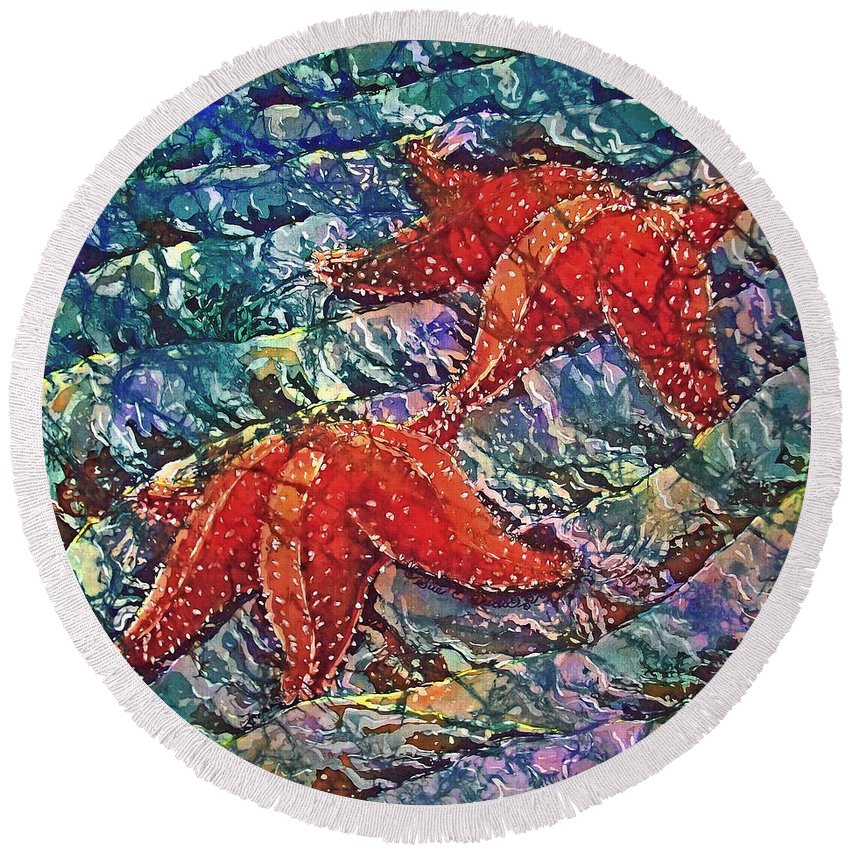 Stars Round Beach Towel featuring the painting Starfish 2 by Sue Duda