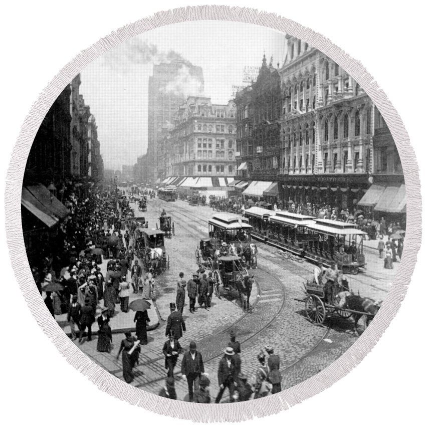 chicago Illinois Round Beach Towel featuring the photograph State Street - Chicago Illinois - C 1893 by International Images