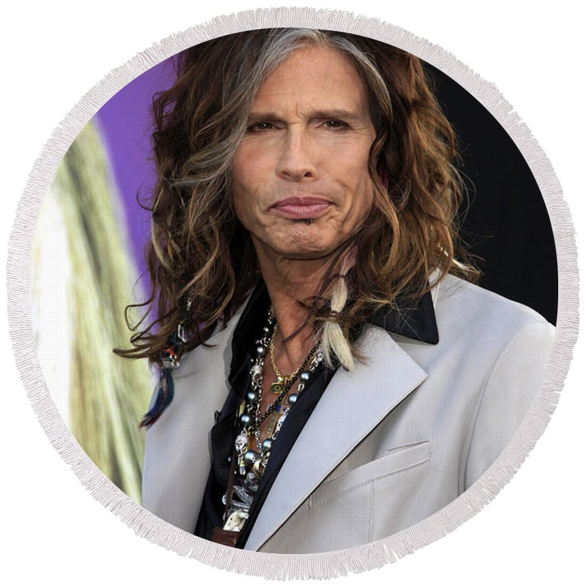 Steven Tyler Round Beach Towel featuring the photograph Steven Tyler by Nina Prommer