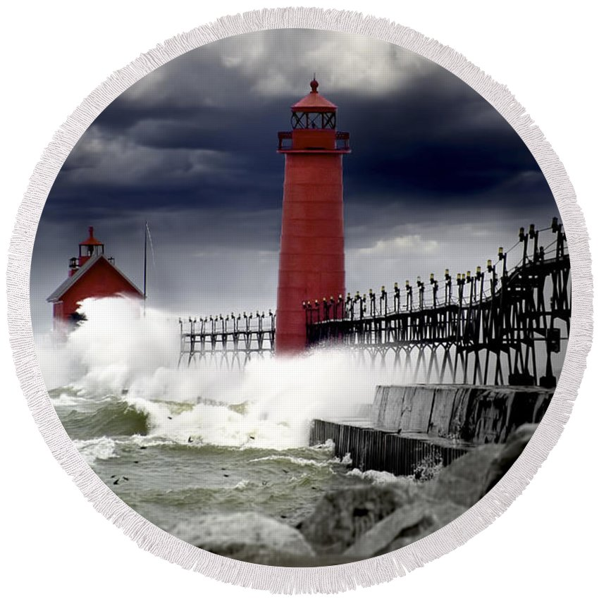 Art Round Beach Towel featuring the photograph Storm At The Grand Haven Lighthouse by Randall Nyhof