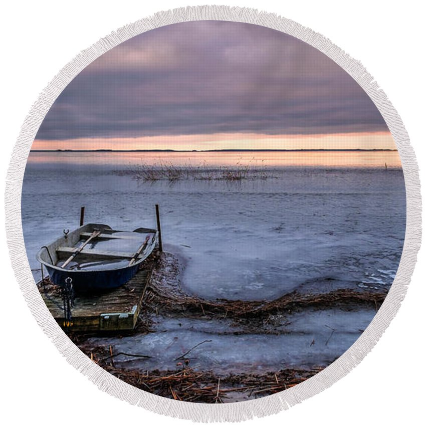 Blue Round Beach Towel featuring the photograph Stranded by Ludwig Riml